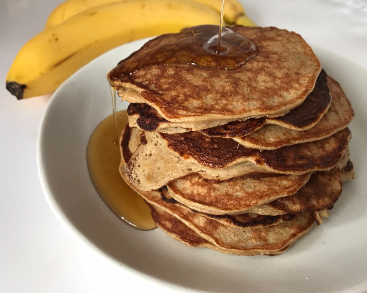 3 Ingredient Banana Protein Pancakes